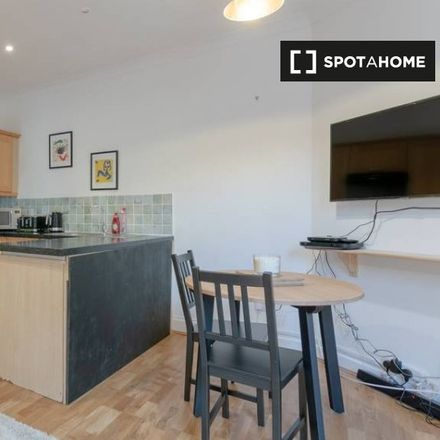 Rent this 2 bed apartment on Clapham North Arts Centre in 26-32 Voltaire Road, London SW4 6DH