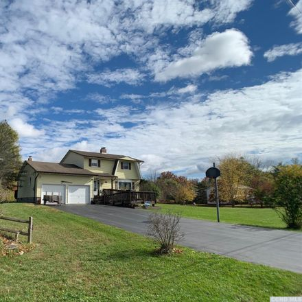 Rent this 4 bed house on 224 Stacey Road in Town of Coxsackie, NY 12051