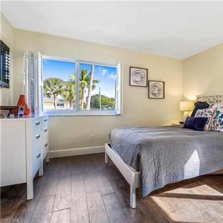 Rent this 2 bed condo on 314 2nd Street South in Naples, FL 34102