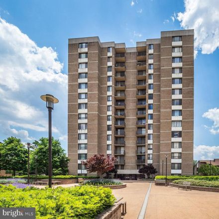 Rent this 2 bed condo on 118 Monroe Street in Rockville, MD 20850