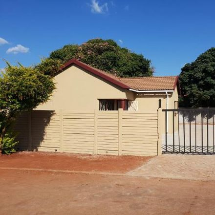 Rent this 3 bed house on Grand Cypress Street in Thornbrook Golf Estate, Pretoria