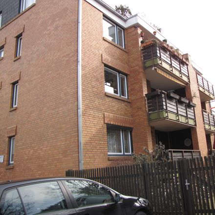 Rent this 3 bed apartment on Deveser Straße in 30457 Hanover, Germany