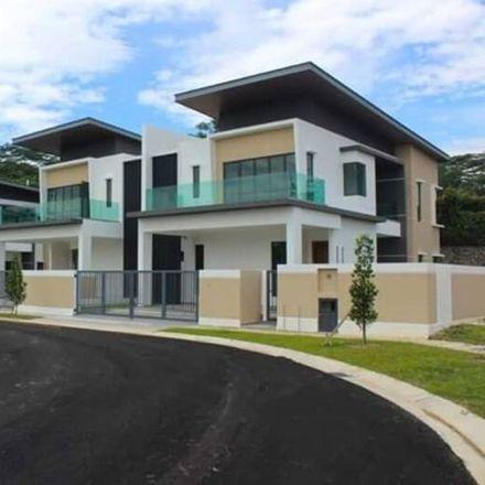 Rent this 4 bed apartment on Jalan SS 2/53 in Damansara Jaya, 57300 Petaling Jaya
