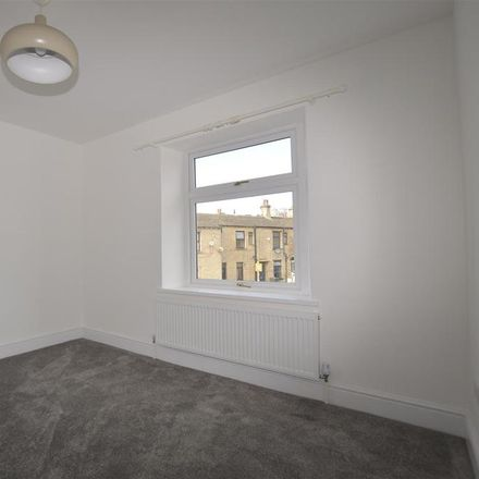 Rent this 2 bed house on Witchfield Hill in Calderdale HX3 7QH, United Kingdom