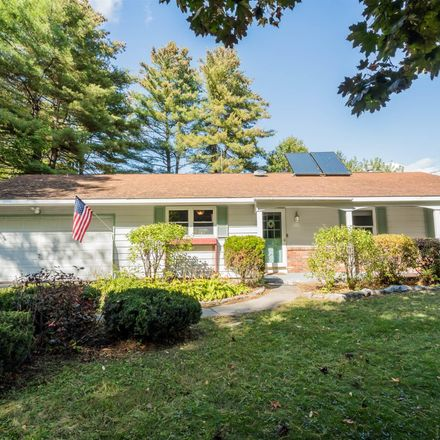 Rent this 3 bed house on 4 Glenwood Drive in City of Saratoga Springs, NY 12866