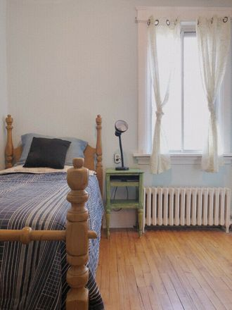 Rent this 5 bed room on 5169 Avenue Coolbrook in Montreal, QC H3X 1T9