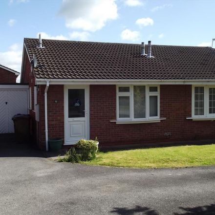 Rent this 2 bed house on Mountbatten Close in East Staffordshire DE13 0FD, United Kingdom