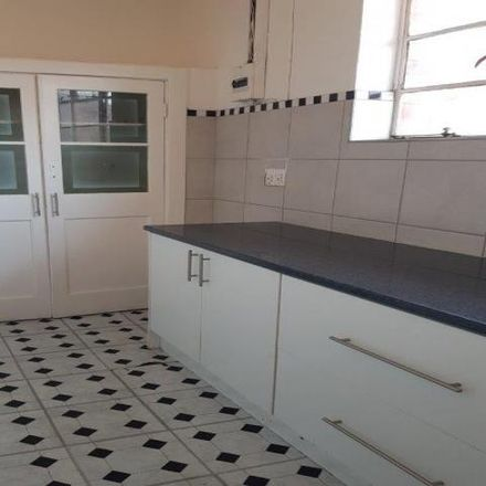 Rent this 2 bed apartment on Caltex in Dunottar Street, Johannesburg Ward 72