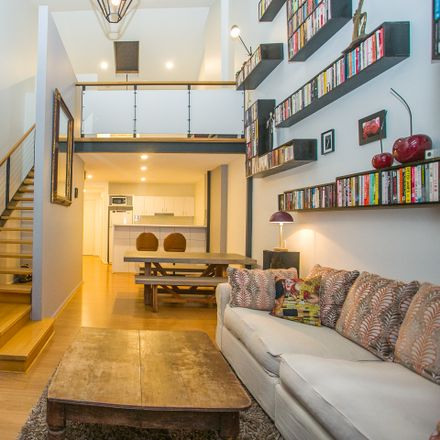 Rent this 1 bed apartment on 39/569 Wellington Street