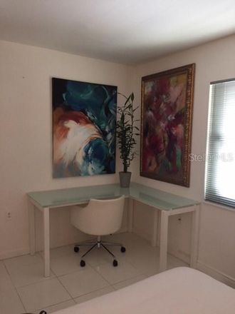 Rent this 2 bed condo on Sarasota