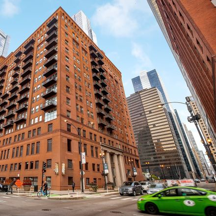 Rent this 2 bed loft on Randolph Place Lofts in 165 North Canal Street, Chicago