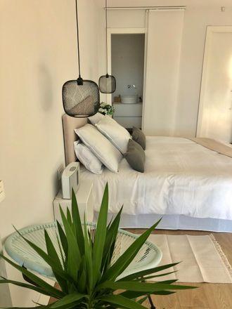 Rent this 10 bed room on Carrer de Gabriel Ferrater in 08001 Barcelona, Spain