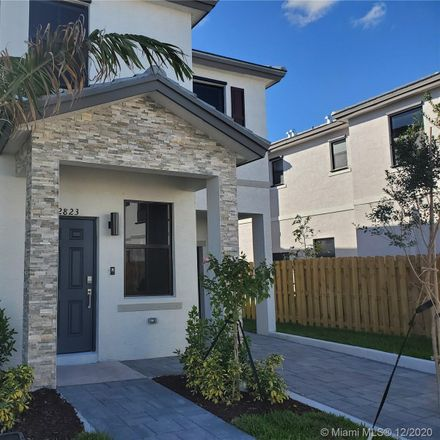 Rent this 3 bed townhouse on Southwest 16th terrace in Fort Lauderdale, FL
