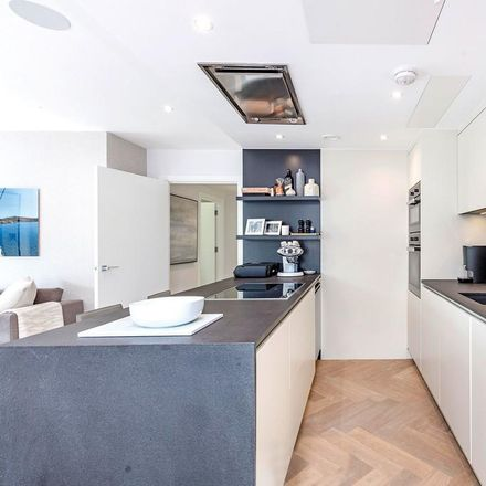 Rent this 2 bed apartment on 3 Eddiscombe Road in London SW6 4LU, United Kingdom