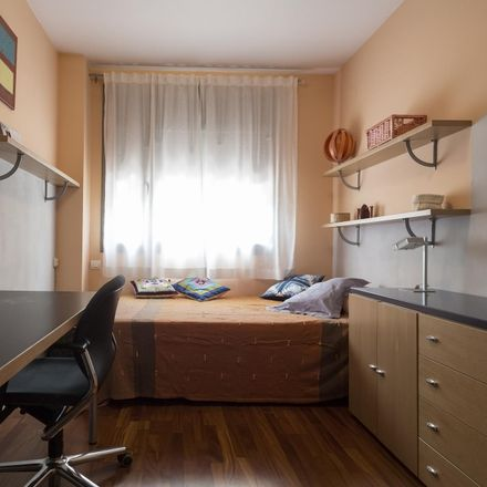 Rent this 2 bed room on Avinguda Meridiana in 6-8, 08005 Barcelona