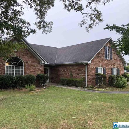 Rent this 3 bed house on 4700 Longwood Circle in Gardendale, AL 35071
