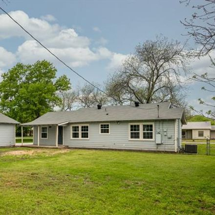 Rent this 3 bed house on Poindexter St in Cleburne, TX