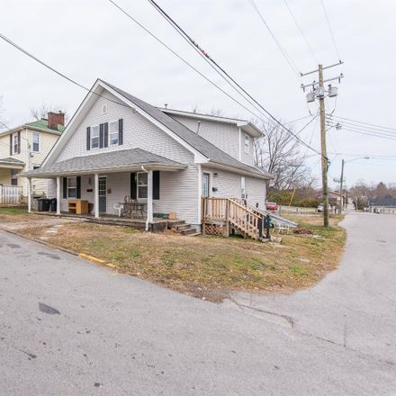 Rent this 1 bed apartment on 107 East Hickman Street in Winchester, KY 40391