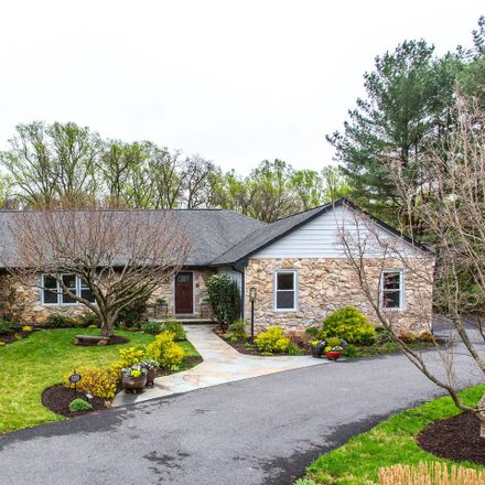 Rent this 5 bed house on 1323 Lancia Dr in McLean, VA