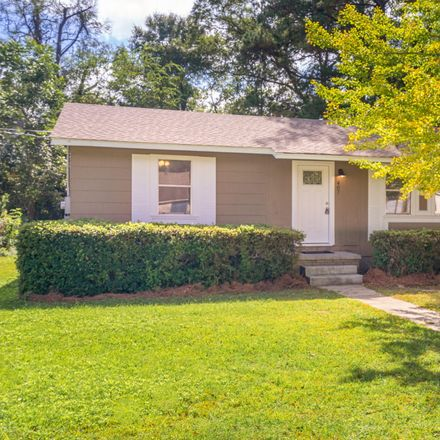 Rent this 3 bed house on E 4th Ave in Petal, MS