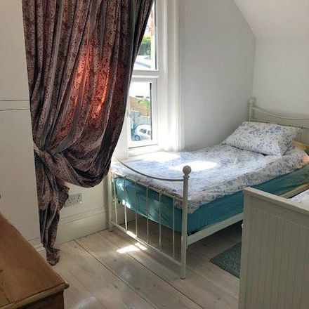 Rent this 2 bed apartment on Coed Garw in Cwmbran NP44, United Kingdom