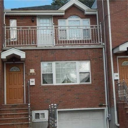 Rent this 3 bed apartment on 198th St in Saint Albans, NY