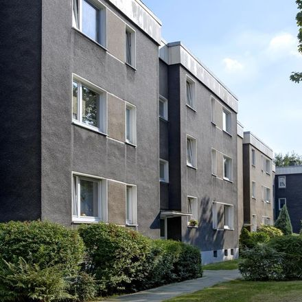 Rent this 3 bed apartment on Albrechtstraße 9 in 47138 Duisburg, Germany