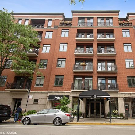 Rent this 2 bed condo on 1414 North Wells Street in Chicago, IL 60614