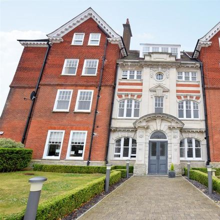 Rent this 2 bed apartment on Sandgate Primary School in Coolinge Lane, Folkestone and Hythe CT20 3QU
