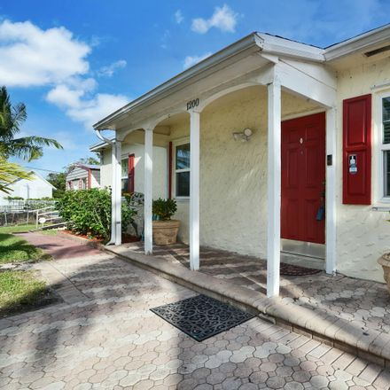 Rent this 3 bed house on 1200 S B St in Lake Worth, FL