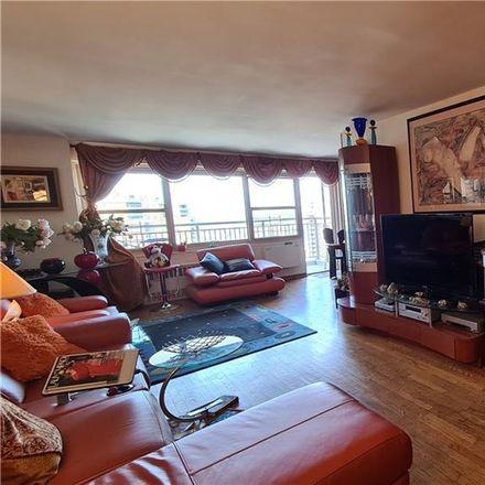 Rent this 3 bed condo on Little Scholars II in 448 Neptune Avenue, New York