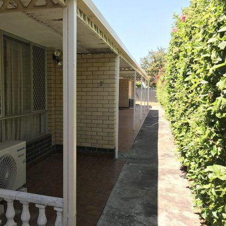 Rent this 3 bed townhouse on 2/12 Chappel Street