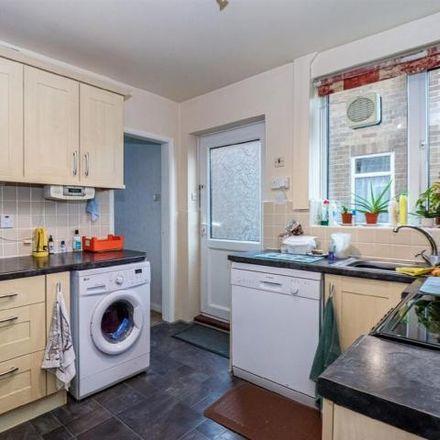 Rent this 3 bed house on Kettlethorpe High School in Standbridge Lane, Kettlethorpe