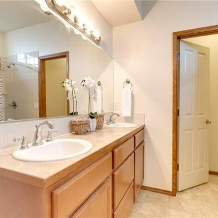 Rent this 3 bed condo on 5238 South 3rd Avenue in Everett, WA 98203