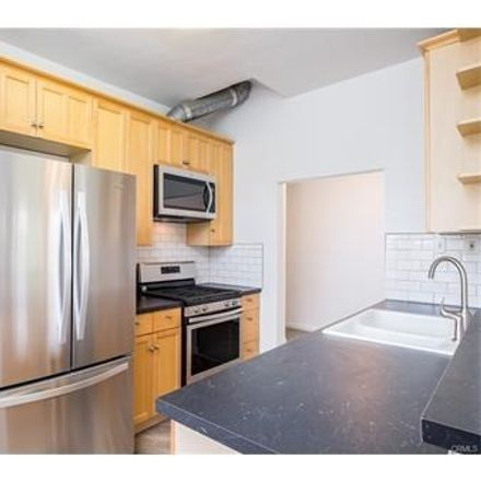 Rent this 2 bed apartment on 1327 West 13th Street in Los Angeles, CA 90732