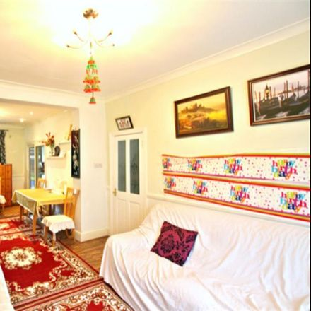 Rent this 3 bed house on Kingston Road in London IG1 1PQ, United Kingdom