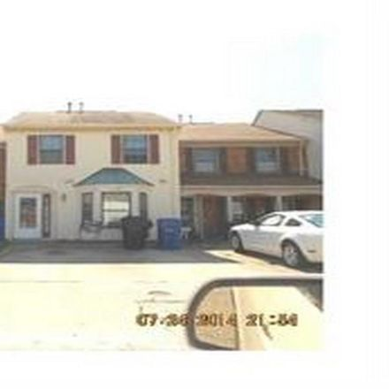 Rent this 3 bed townhouse on Gleaning Close in Virginia Beach, VA