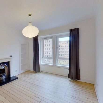 Rent this 2 bed apartment on Boots in 29-31 London Road, City of Edinburgh EH8 7AF