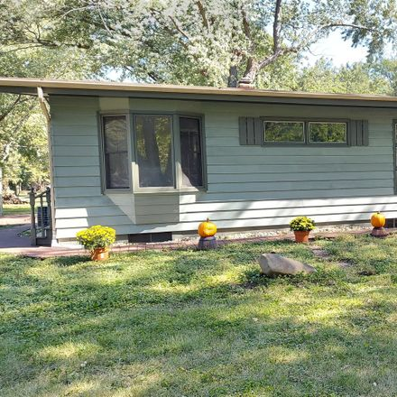 Rent this 4 bed house on 14 North West Drive in Oswego Township, IL 60543