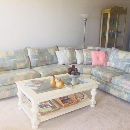 Rent this 1 bed condo on 10216 Regal Dr in Largo, FL