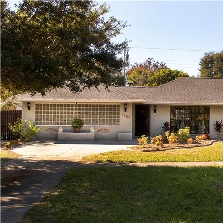 Rent this 3 bed house on 55th St S in Saint Petersburg, FL