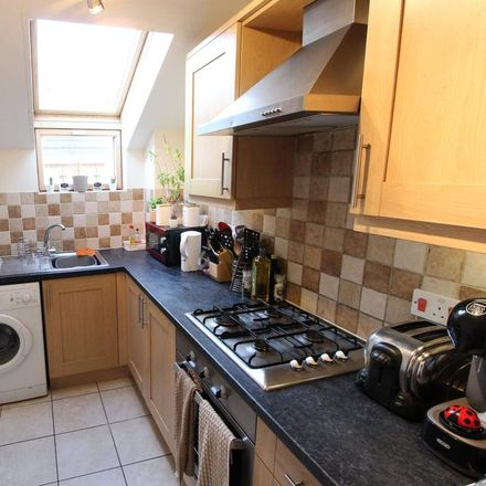 Rent this 2 bed apartment on Richmond Park Road in Bournemouth BH8 8UB, United Kingdom