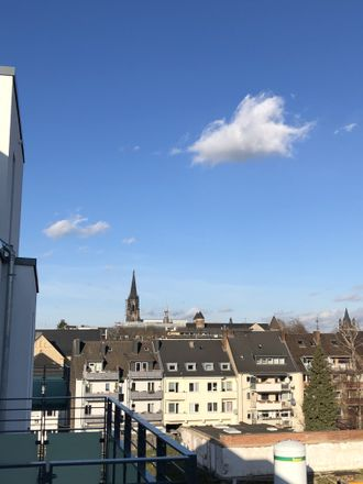 Rent this 3 bed apartment on Severinstraße 214 in 50676 Cologne, Germany