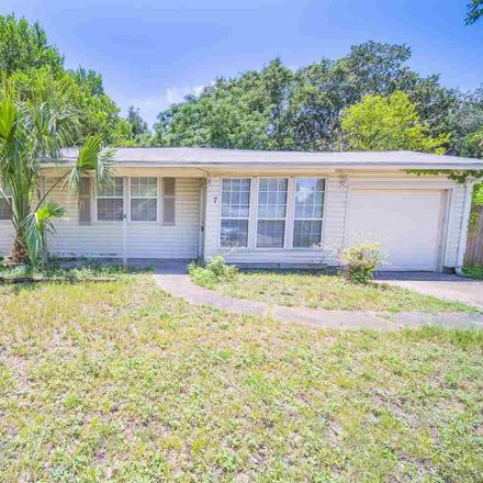 Rent this 3 bed house on Rue Max in Escambia County, FL 32511