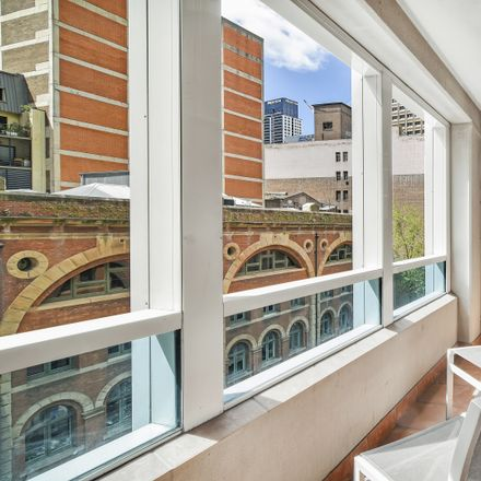 Rent this 1 bed apartment on 433 Kent Street