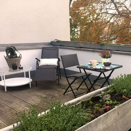 Rent this 2 bed apartment on Berliner Allee 25 in 13086 Berlin, Germany
