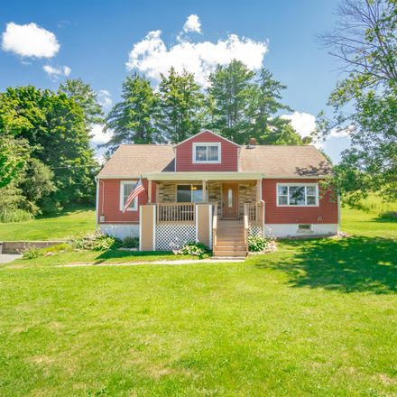 Rent this 3 bed house on Brunswick Rd in Troy, NY