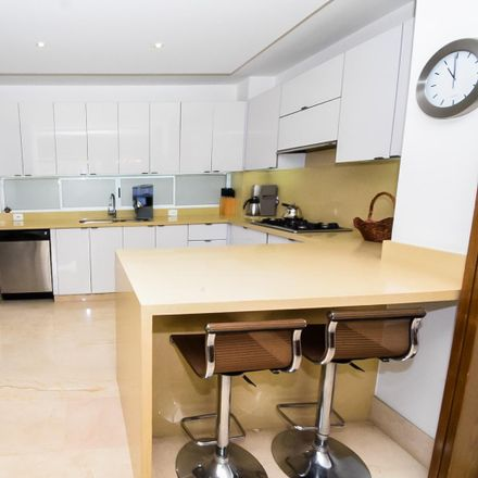 Rent this 3 bed apartment on Avenida 4B Oeste in Comuna 2, 760044 Perímetro Urbano Santiago de Cali