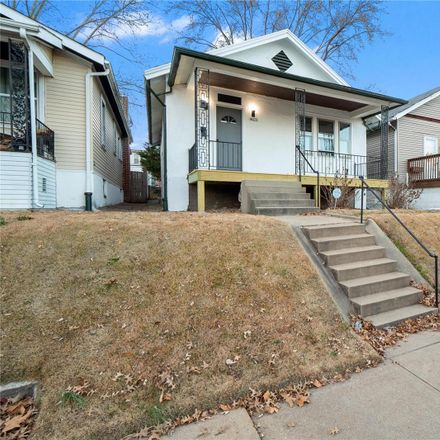 Rent this 2 bed house on 4623 Ray Avenue in St. Louis, MO 63116