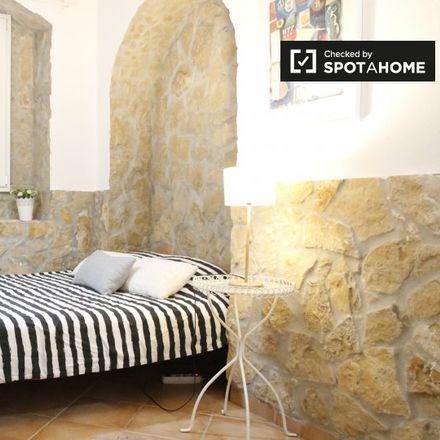 Rent this 2 bed apartment on Rua de São Bento 576 in Lisbon, Portugal